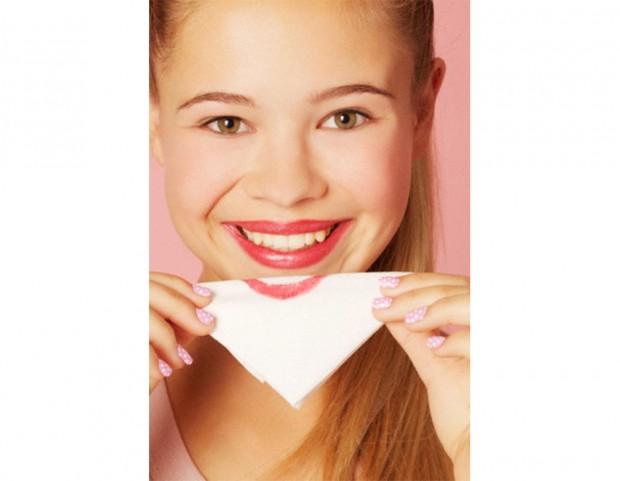 8. Rendi il tuo lipstick a lunga durata
