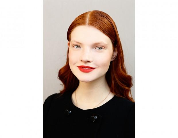 Trucco capelli corti rossi