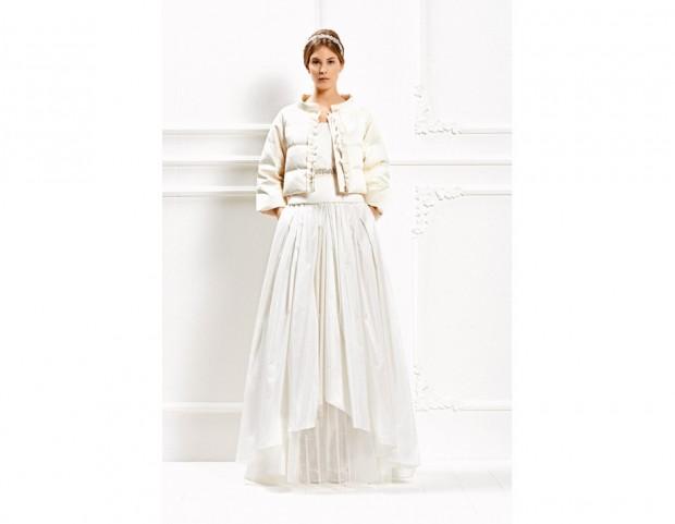 06413015ecfd Vestito con voluminosa gonna e piumino anti-freddo (Courtesy Max Mara Press  Office)