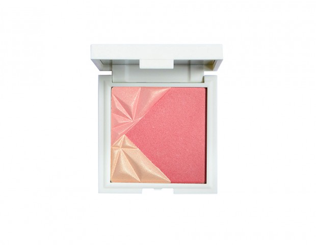 Bluh con punte illuminanti dalla texture setosa ad effetto soft focus