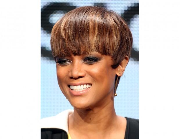 Attrice di colore capelli corti