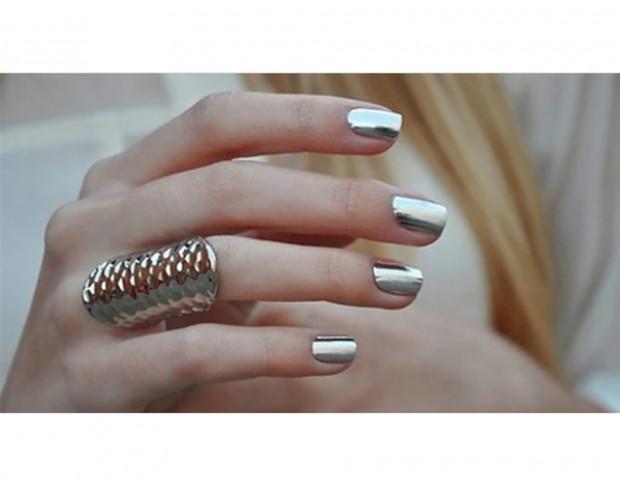 Manicure silver metal