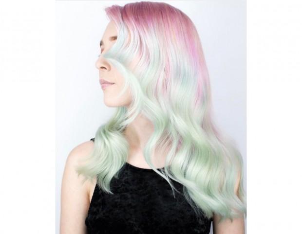 I colori pastello sfumati sono la caratteristica degli opal hair