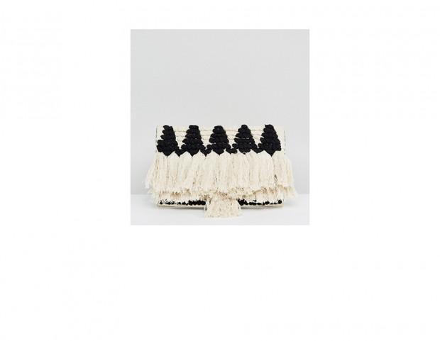 Pochette di paglia con nappe