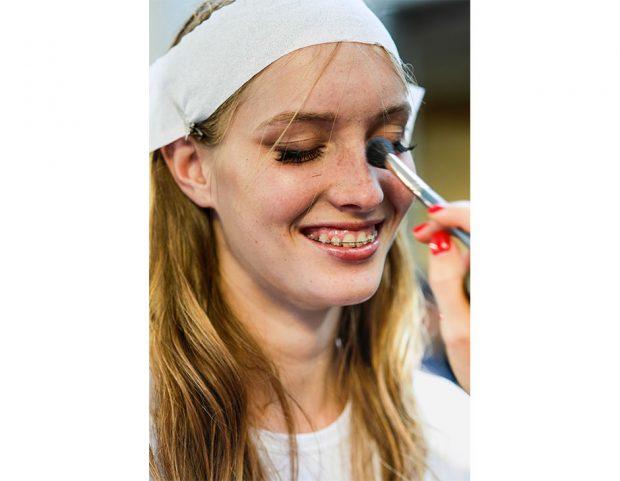 Eyeliner e mascara per il look di N°21.