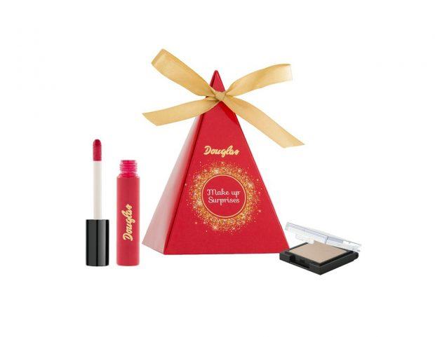Cofanetto contenente: mini ombretto in polvere, mini rossetto.
