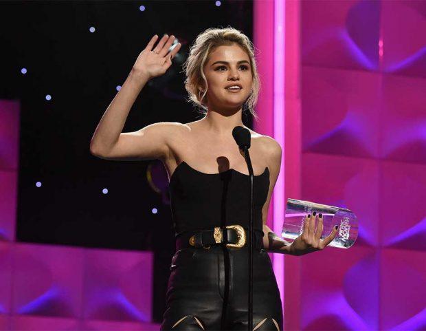 Selena-Gomez–Billboard-Womens-Music-Award-2017