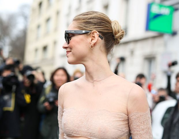 Lo chignon da ballerina di Chiara Ferragni. Photo credit: Mondadori Photo