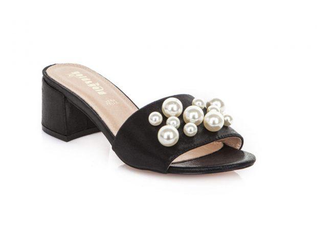 Sandali con le perle