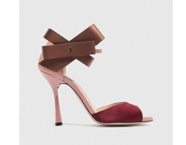 Sandali in raso con fiocco