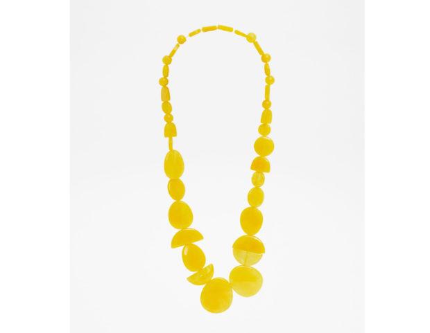 Collana in resina gialla