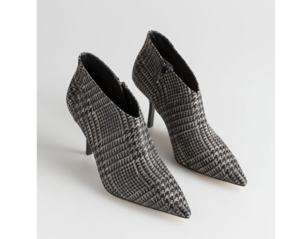 Stampa plaid con tacco a stiletto