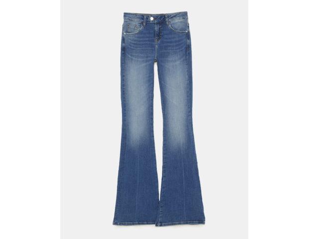 Jeans a campana