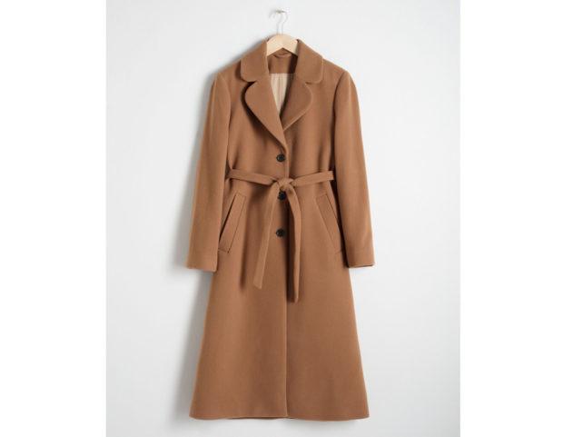Cappotto cammello con cintura in vita