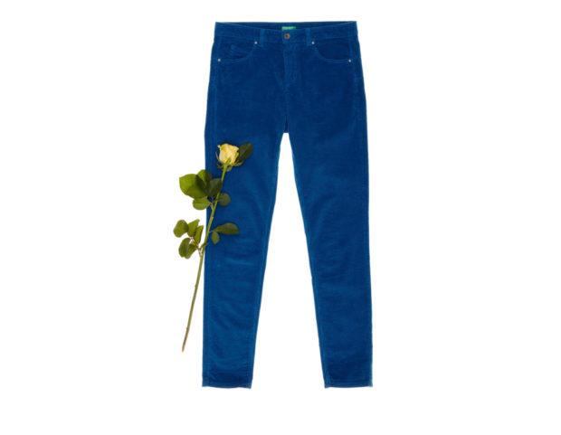 Pantaloni skinny in velluto a coste