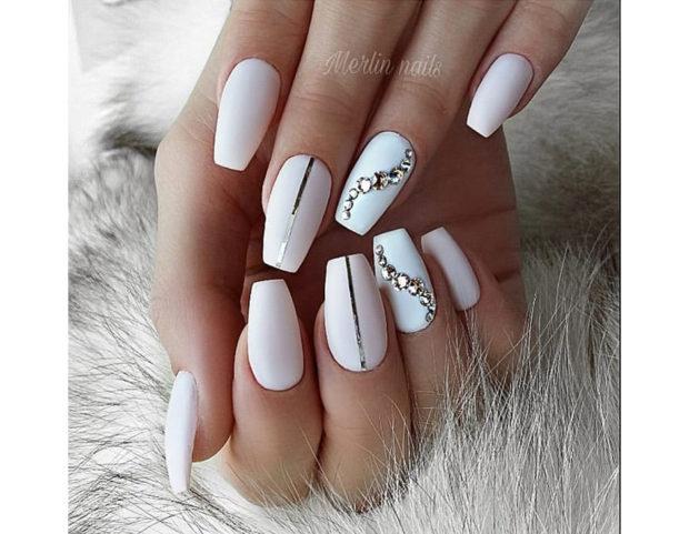 Manicure elegante e sofisticata