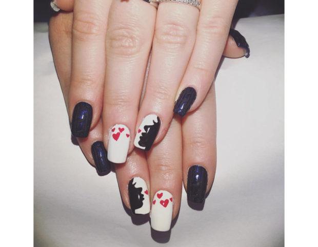 Black & white nails
