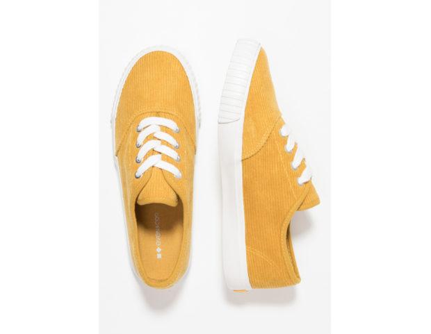 Sneakers basse di velluto a costine