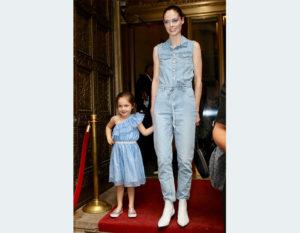 vestiti e accessori per mamma e figlia