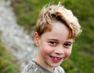 Auguri principe George! Il primogenito di Kate e William compie sette anni