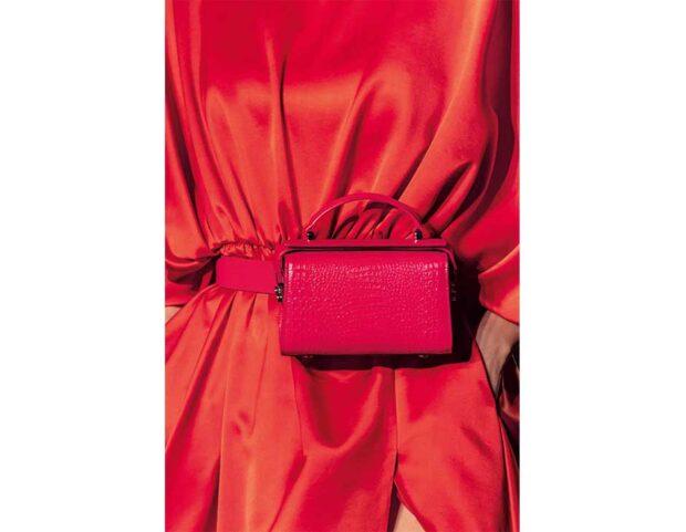 brandon-maxwell-FW2021-bag-rossa