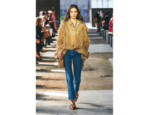 valentino-ss21-jeans