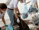 raccolta rifiuti mare Calzedonia