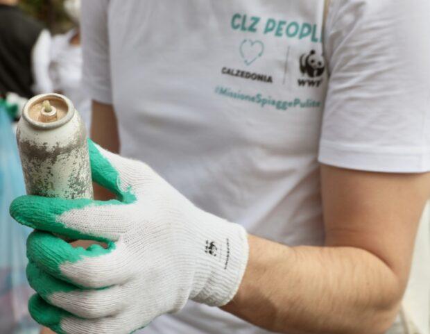 volontari calzedonia wwf raccolta plastica