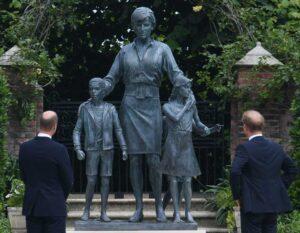 Statua-Diana-inaugurazione