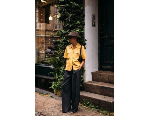 Copenhagen street style PE 22 lool camicia pantaloni palazzo